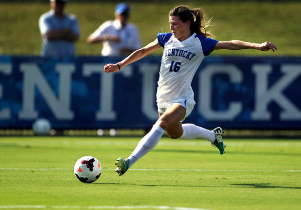 Womens-Soccer-Gilliland